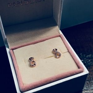 NWOT Authentic Pandora Rose Gold Earrings